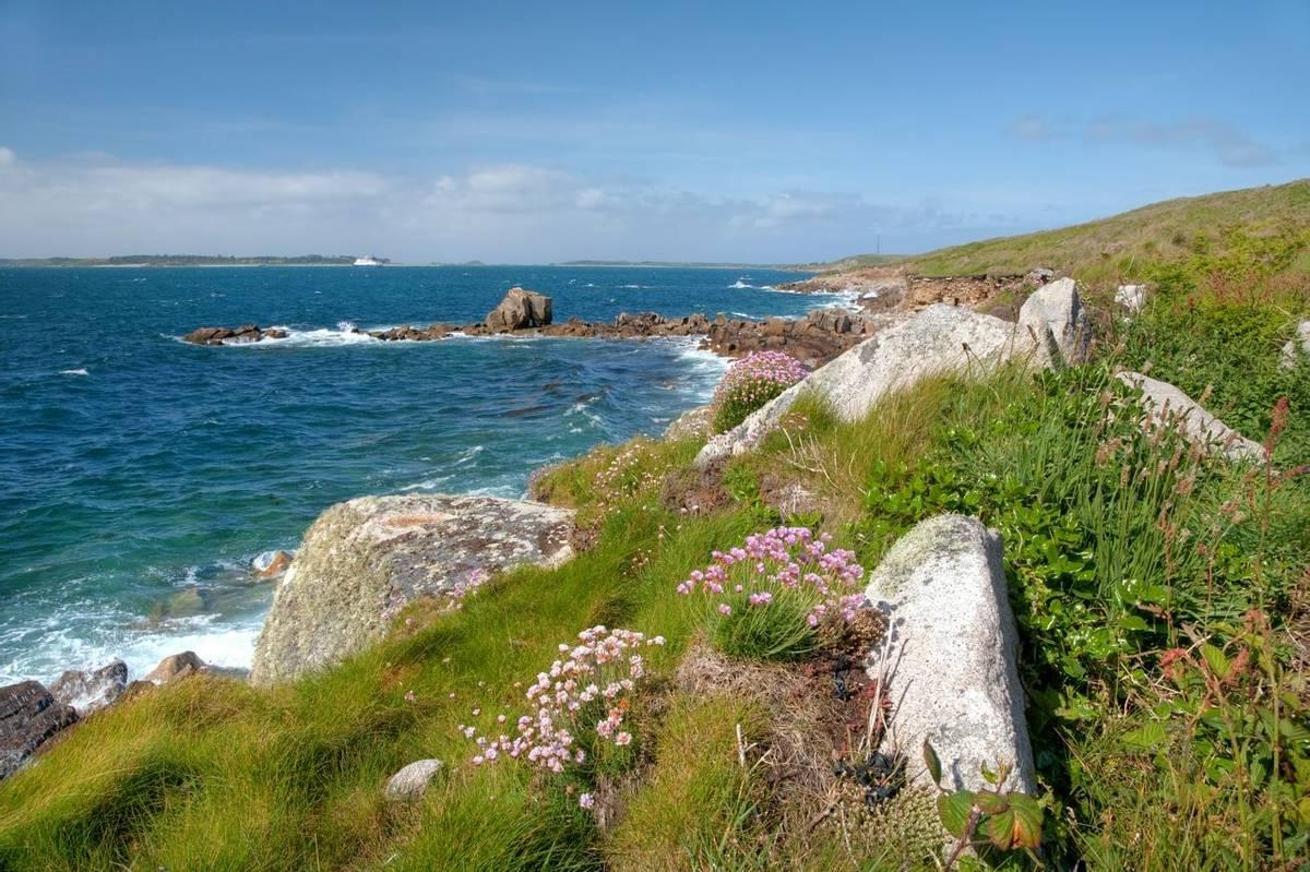 Cornwall Coastline Shutterstock 79388374