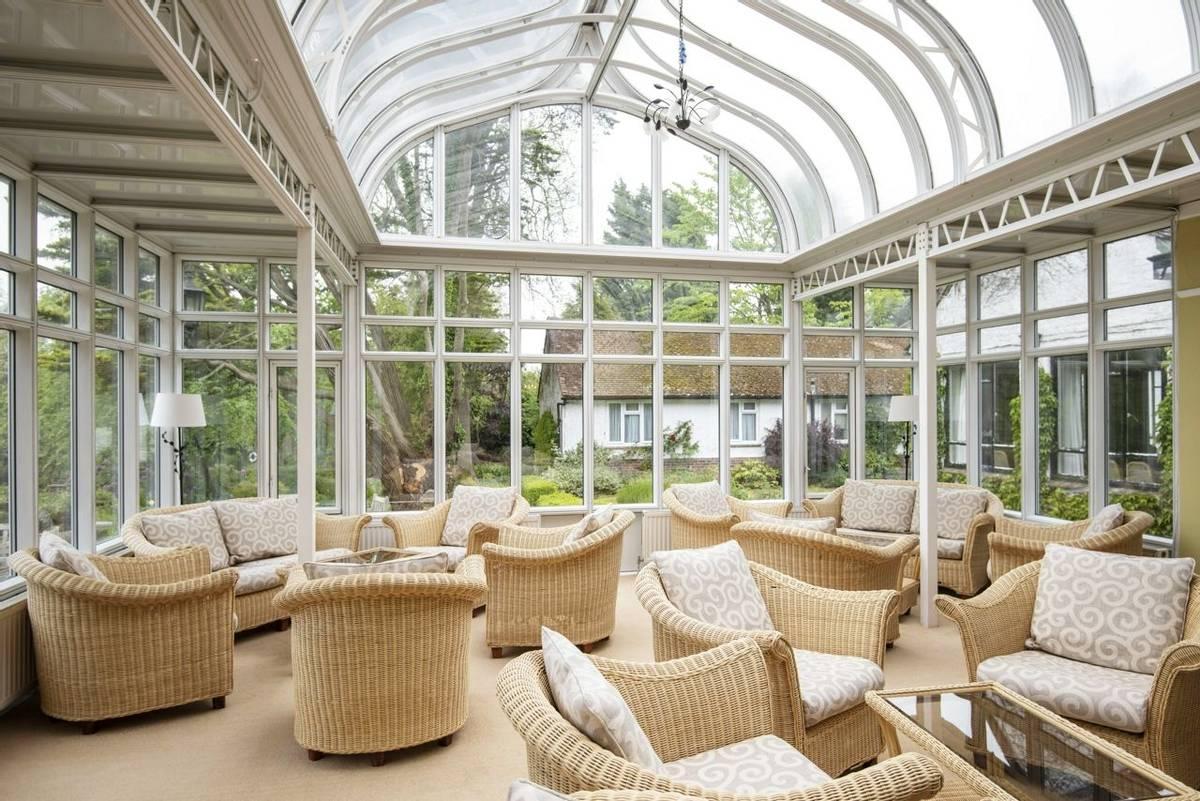 10688_0029 - Abingworth Hall - Conservatory