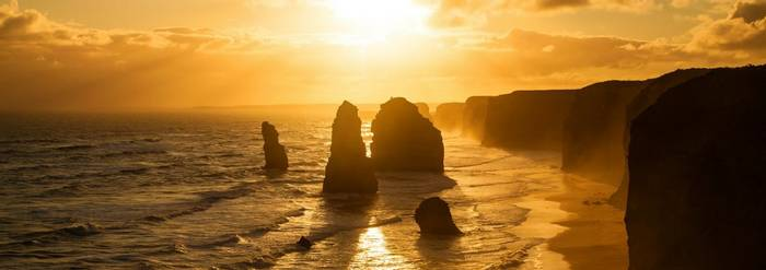Twelve Apostles, Australia Shutterstock 117853093