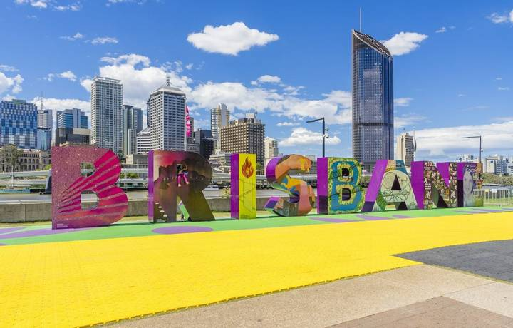 Brisbane, Australia - September 25, 2016: View of Brisbane sign with skyscrapers in the background in South Bank, Brisbane d…