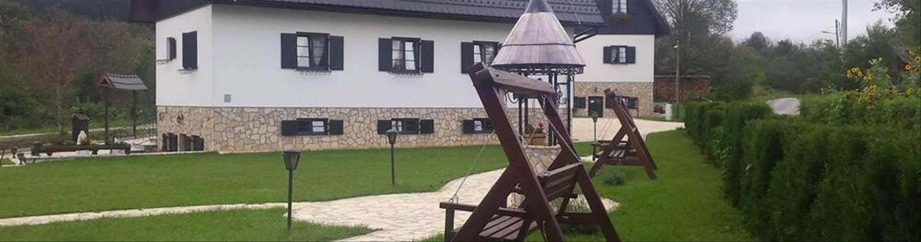 Etno-Garden-Plitvice-Lakes-Accomodation-26.jpg