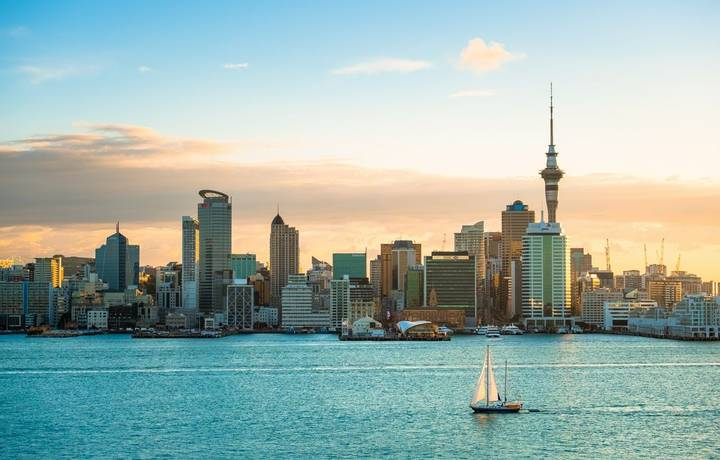 2018, JAN 3 - Auckland, New Zealand, Panorama view, Beautiful landcape of the building in Auckland city before sunset. View …