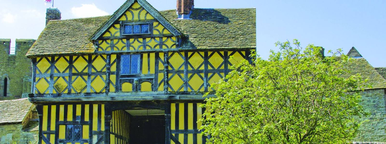 stokesay castle shropshire uk