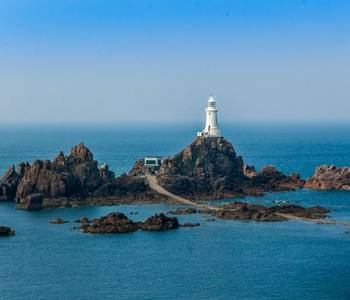 Jersey Coast Path - AdobeStock_121822010.jpeg