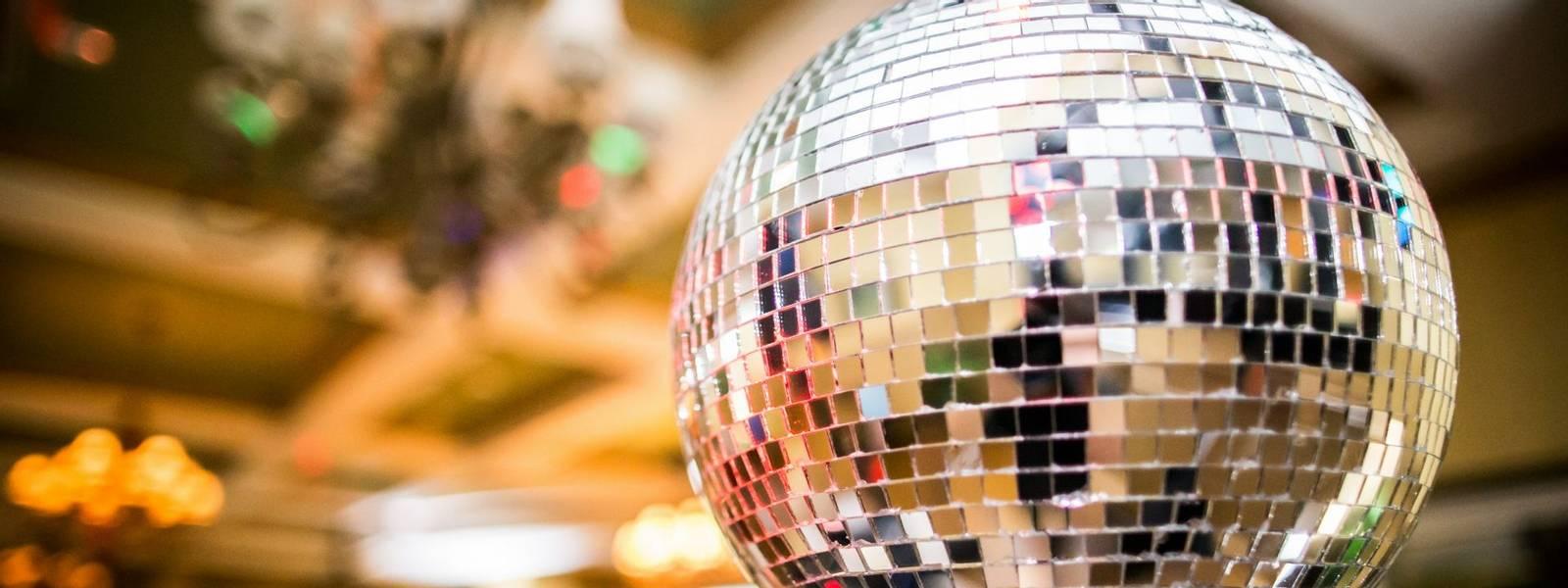 Dancing-Ballroom&Latin-AdobeStock_198530271.jpeg