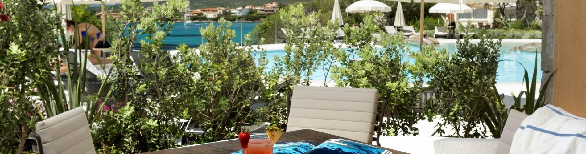 5 Charming Suite - Gabbiano Azzurro Sardegna.jpg