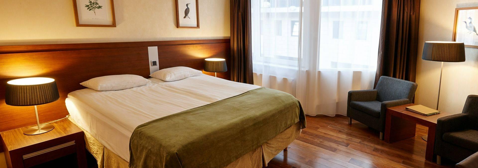 Atrium Room   Grand Hotel 31150464112 O