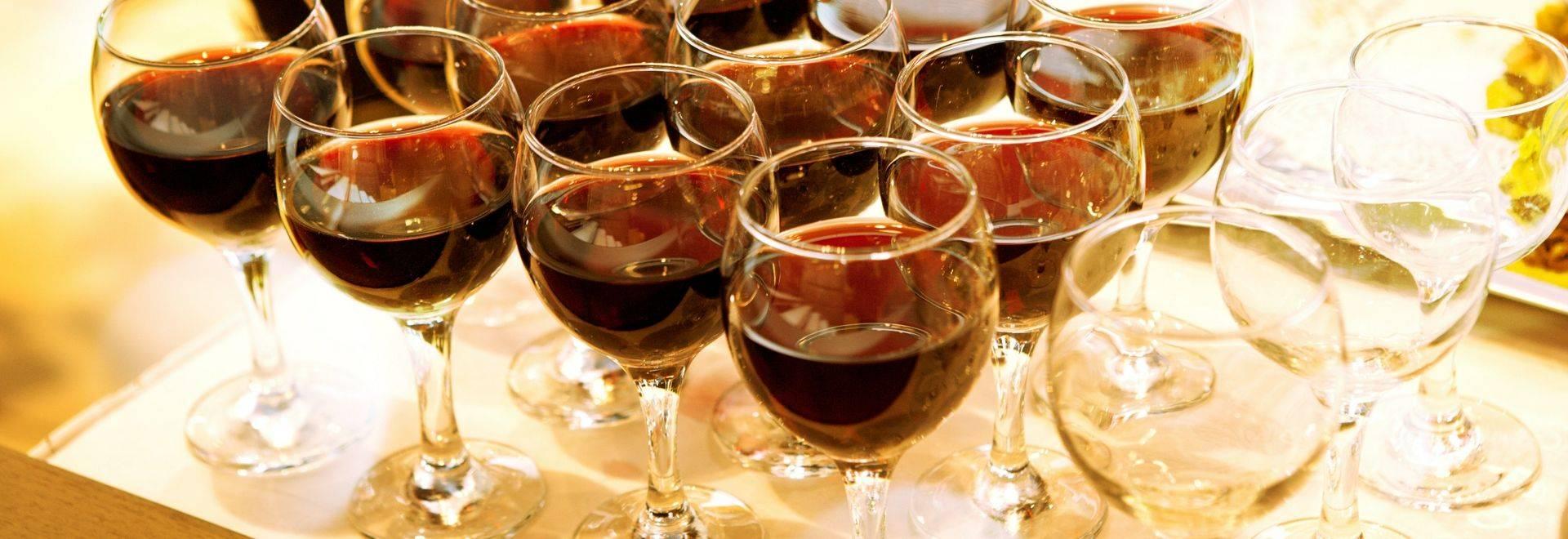 Dreamstime L 32368454 Wine Glasses