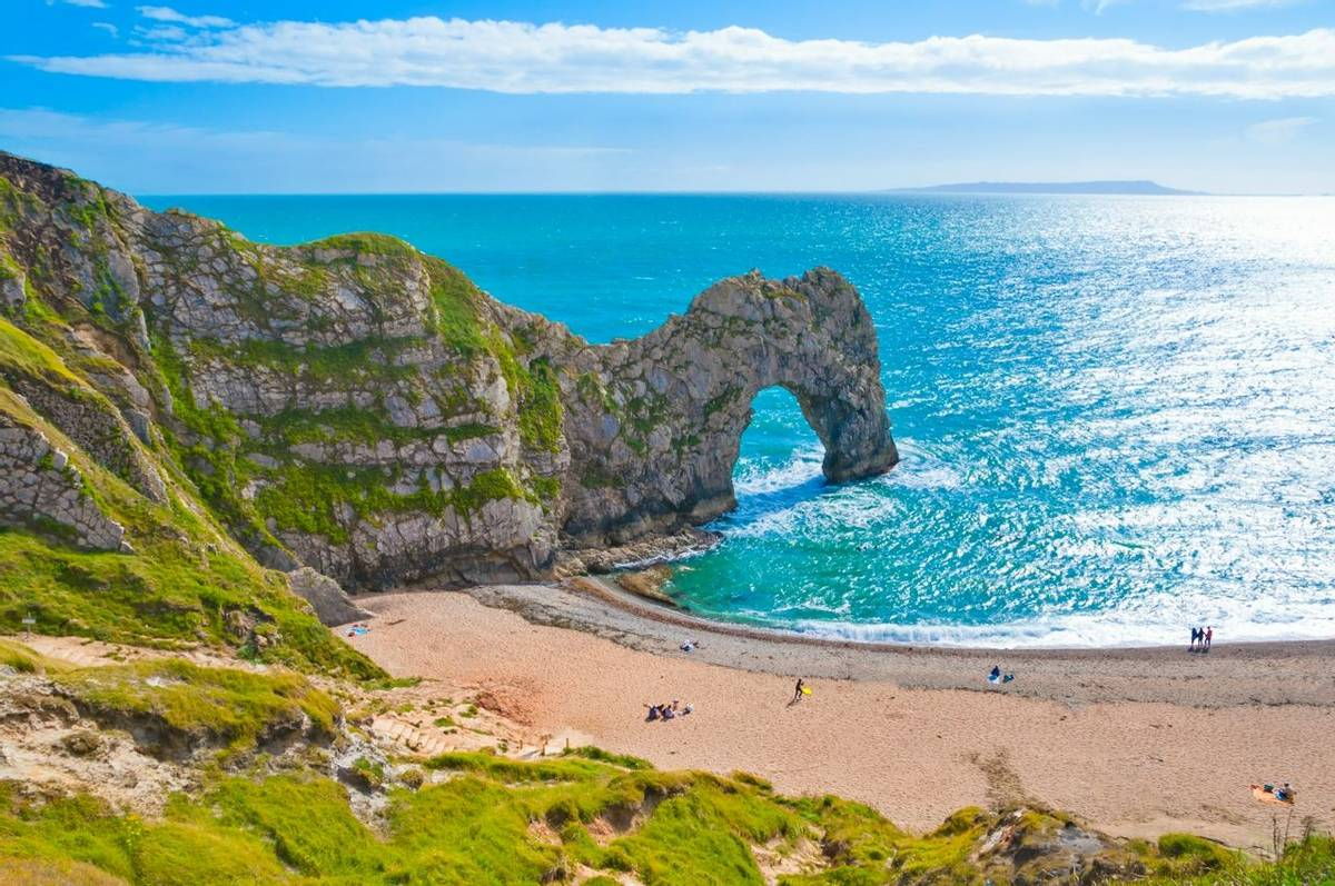 Lulworth - Dorset Coast - AdobeStock_119553960.jpeg