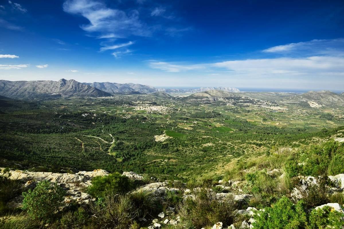 Marina Alta valley landscape