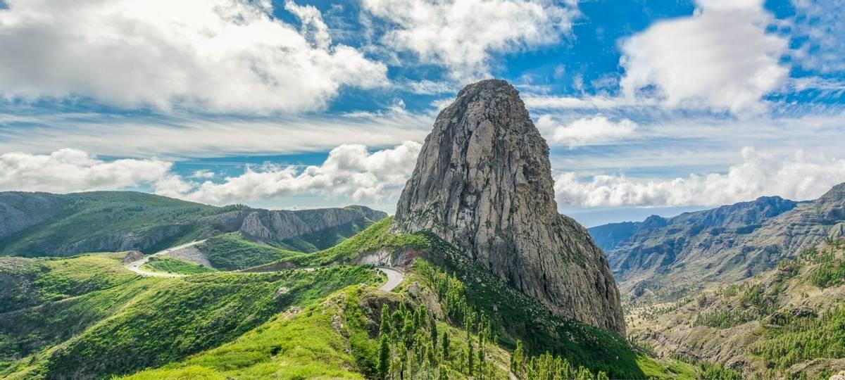 Spain-LaGomera-SanSebastian-AdobeStock_129361854.jpeg