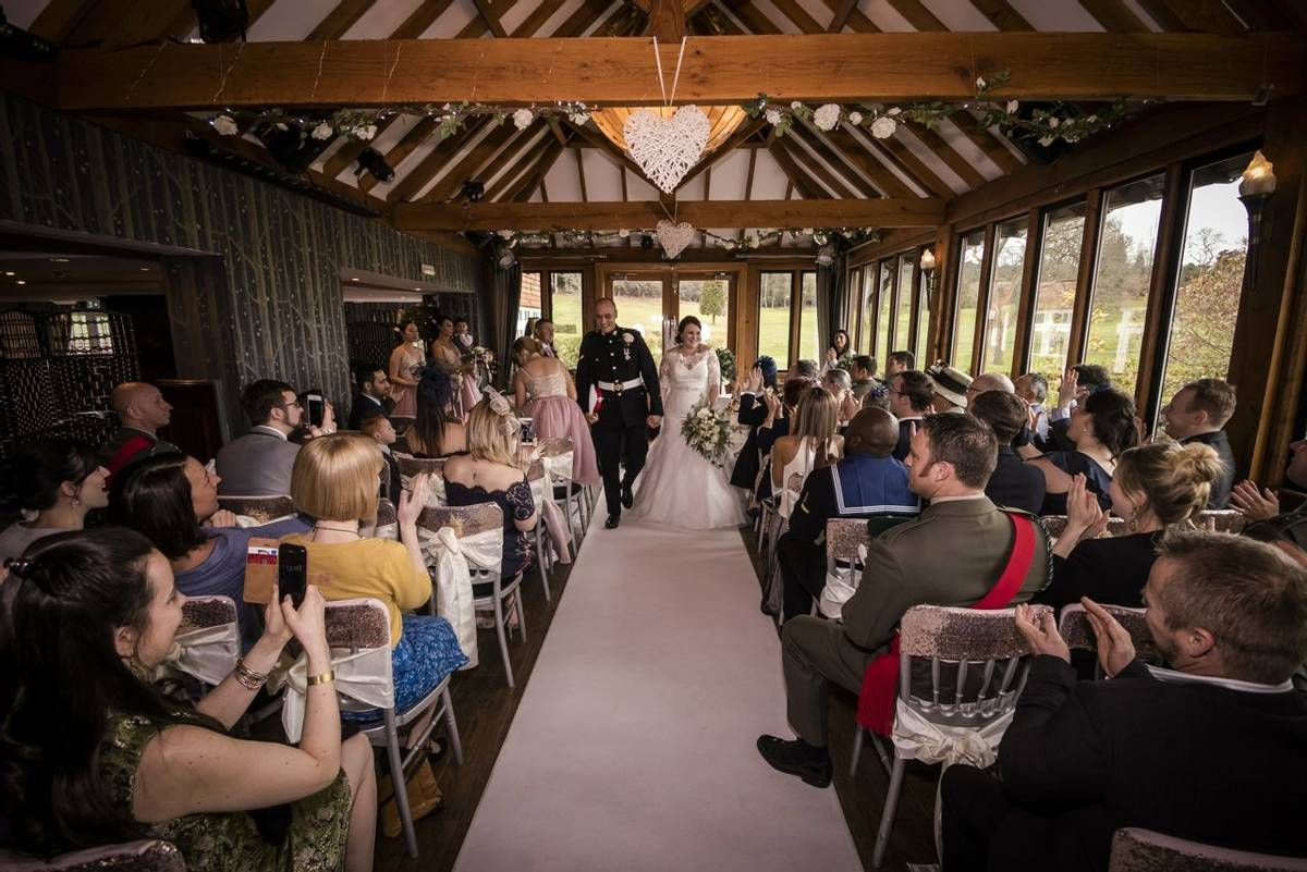 Couple in the Hampshire Suite - Ceremony
