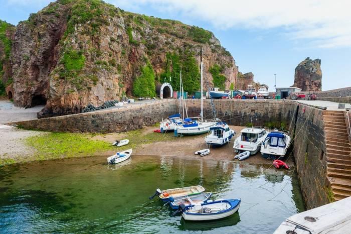 Creux Harbour, Sark