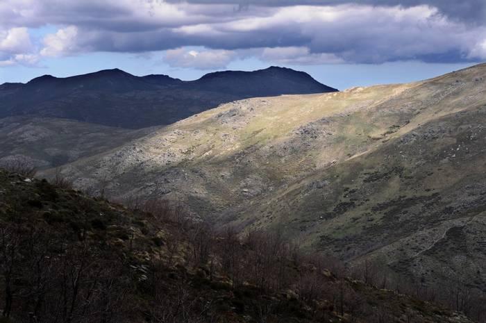 Gennargentu mountains (Julian Comrie).jpg