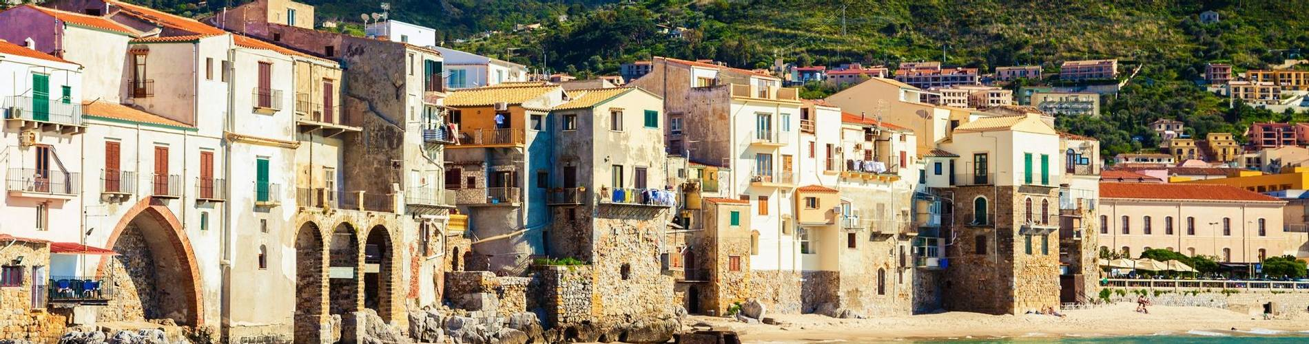 Cefalu Sicily.jpg