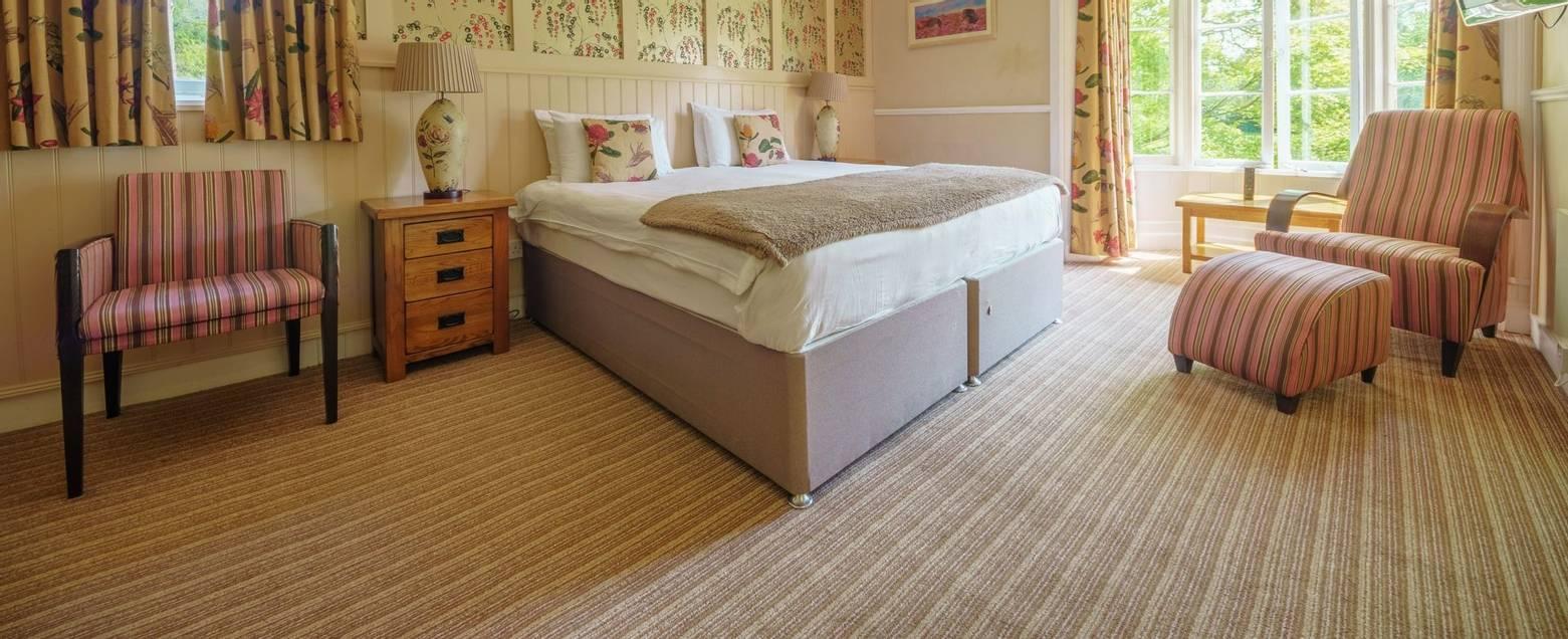 10684_0144 Holnicote House - Room 7
