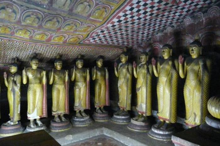 Dambulla Cave Temple (Rajan Jolly)