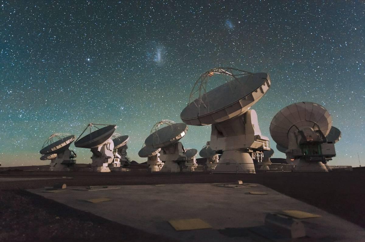 ALMA Radio Telescopes ESO/C Malin