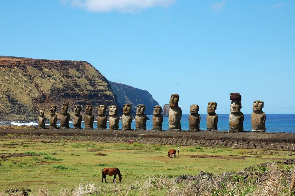 Chile and Easter Island - 15 Moai at Ahu Tongariki - AdobeStock_11715652.jpeg