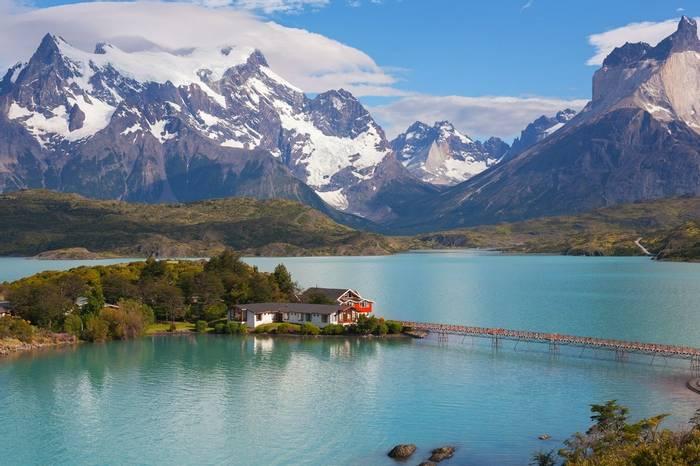 Chile (Lake Pehoe)