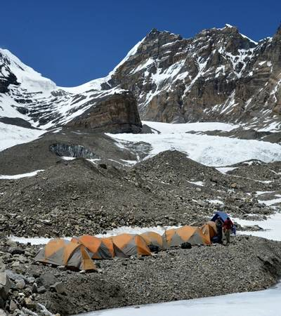 Moraine Camp (5,339m)
