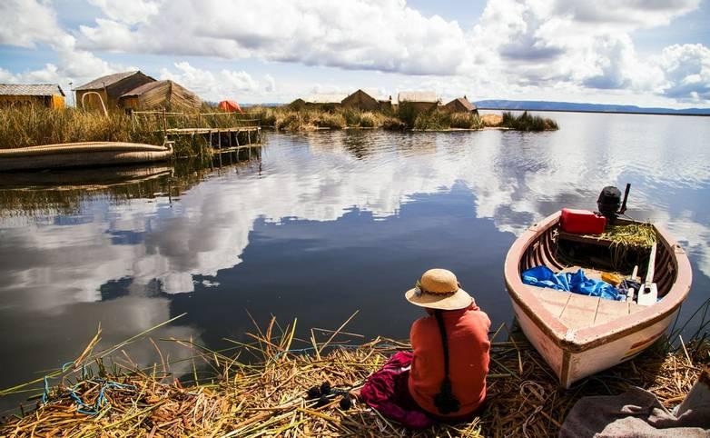 Peru - Uros Island, Lake Titicaca - AdobeStock_121934739.jpeg
