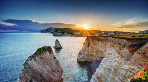 7-Night Isle of Wight Christmas & New Year Guided Walking Holiday