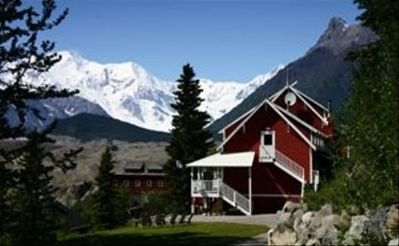 Alaska - Kennicott Glacier Lodge 300 x 200.jpg