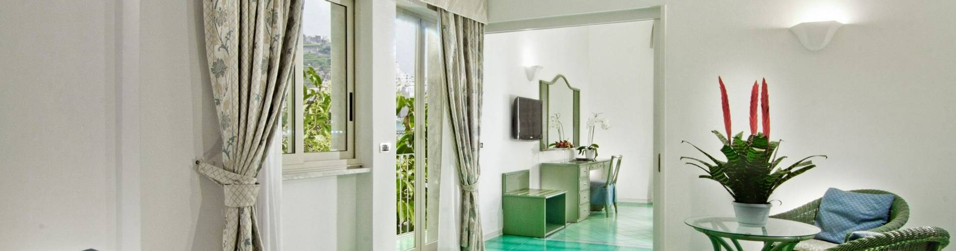 Miramalfi, Amalfi Coast, Italy, Junior Suite.jpg