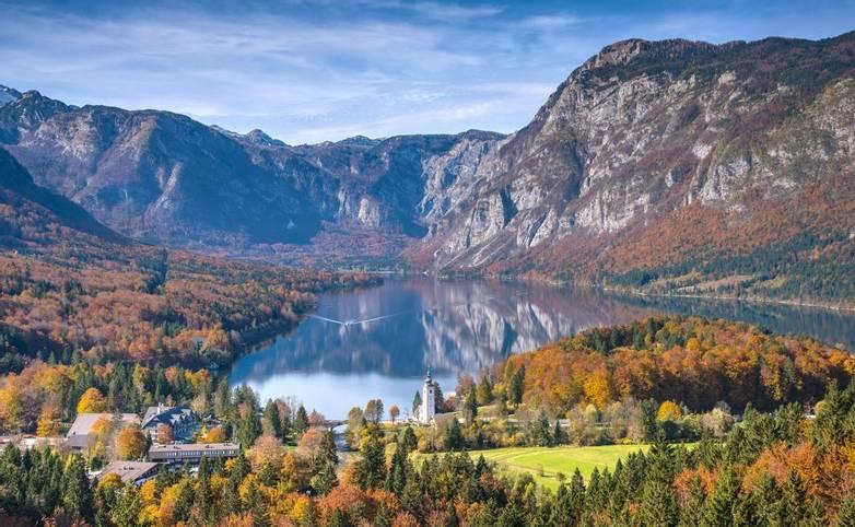 Slovenia - Julian Alps - Lake Bled - AdobeStock_97396093.jpeg