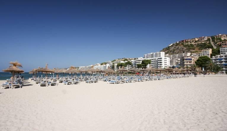 Shutterstock 90644590 Mallorca Beach, Santa Ponsa