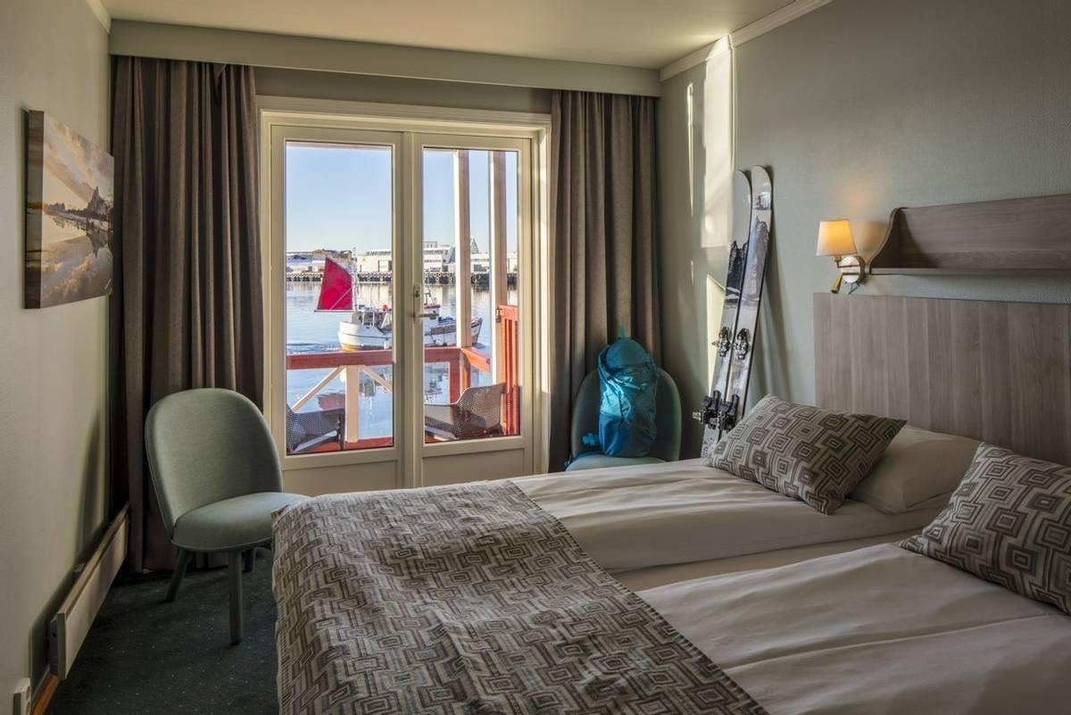 Scandic_Svolvaer_Superior_Room_with_Balcony.jpg