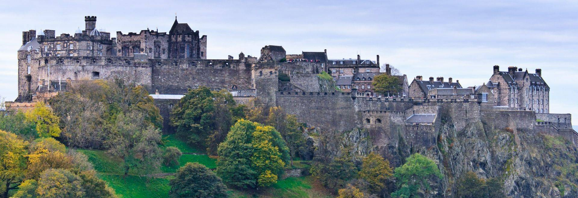 Edinburgh Castle Dreamstime L 23225732
