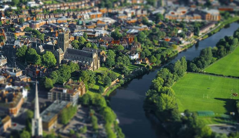 GettyImages-685013003 Aerial view River Severn, Worcester.jpg
