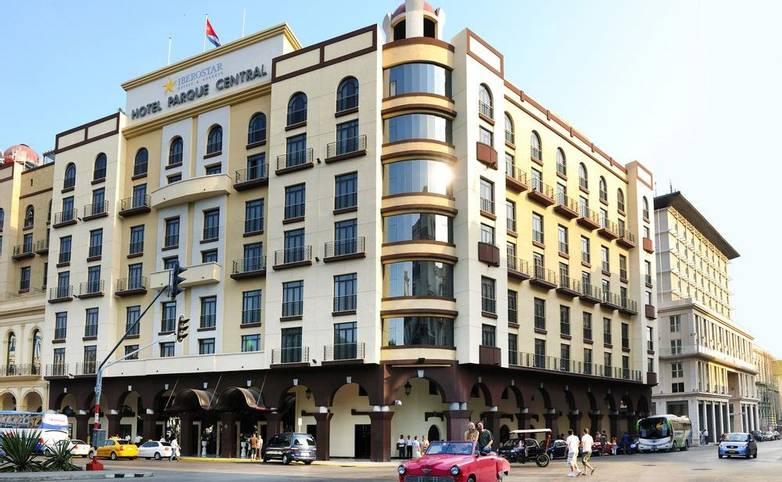 Cuba - Hotel Iberostar Havana exterior.jpg