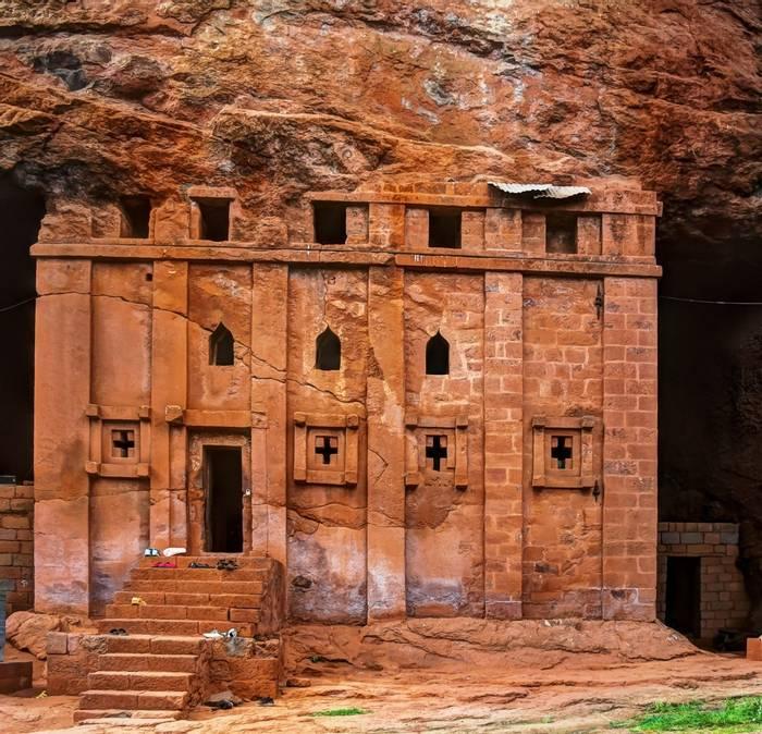 Bete Abba Libanos Rock Hewn Church, Lalibela, Ethiopia Shutterstock 504665104