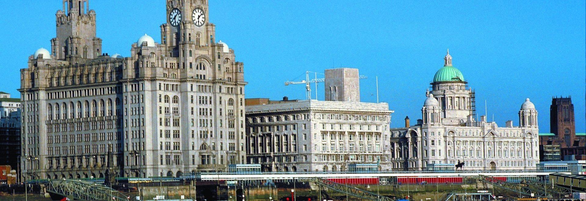 p16S5_Daresbury_Liverpool.jpg