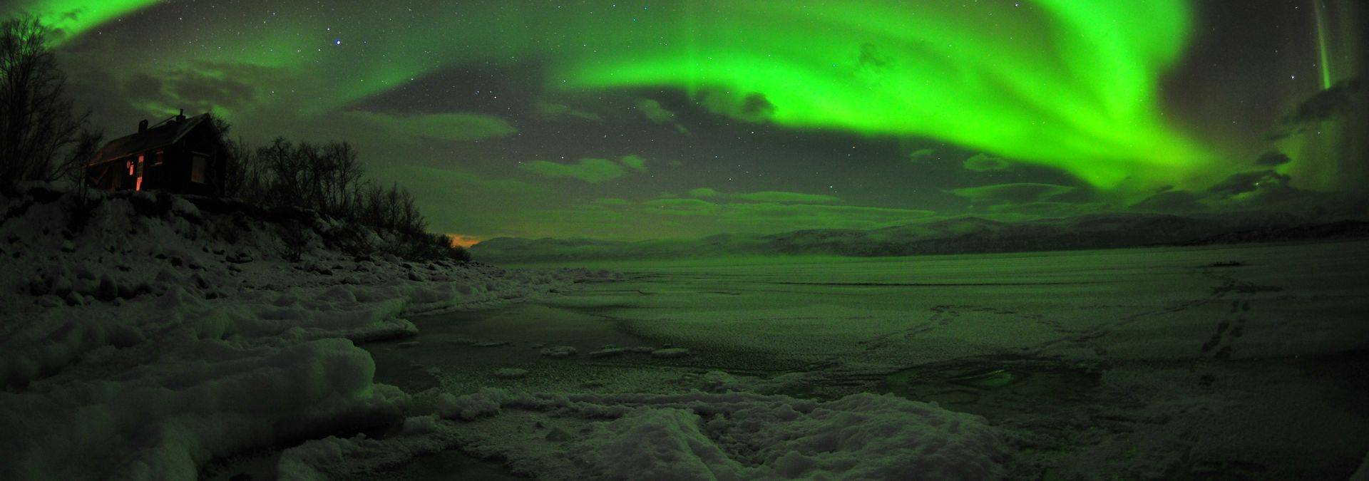 Credit - Chad Blakley Lights Over Lapland (2).JPG