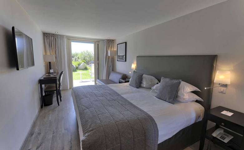 France - Corsica - Santa Maria Hotel - Ile Rousse - room 1.jpg