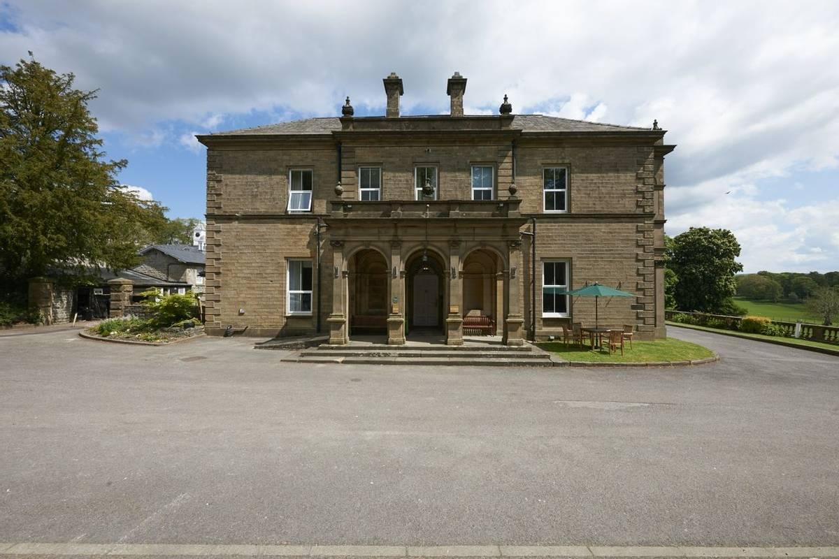 10692_0011 - Newfield Hall - Exterior