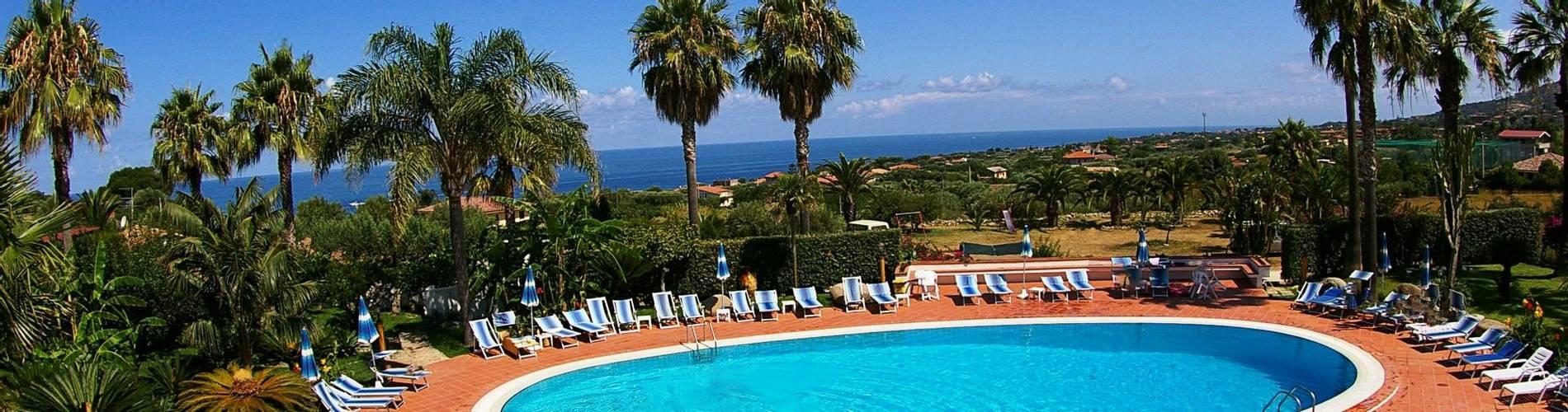 Costa Azzurra, Calabria, Italy (14).jpg