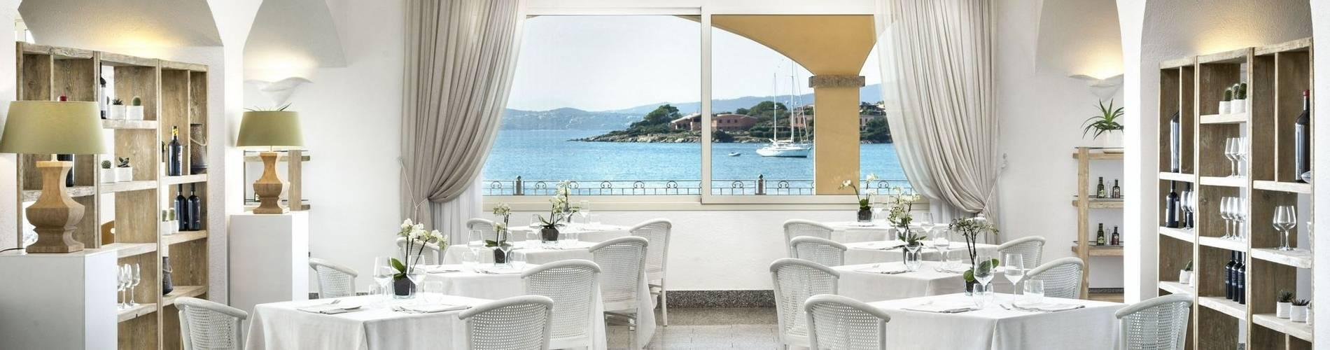 The White Restaurant - Gabbiano Azzurro Hotel _ Suites 2.jpg
