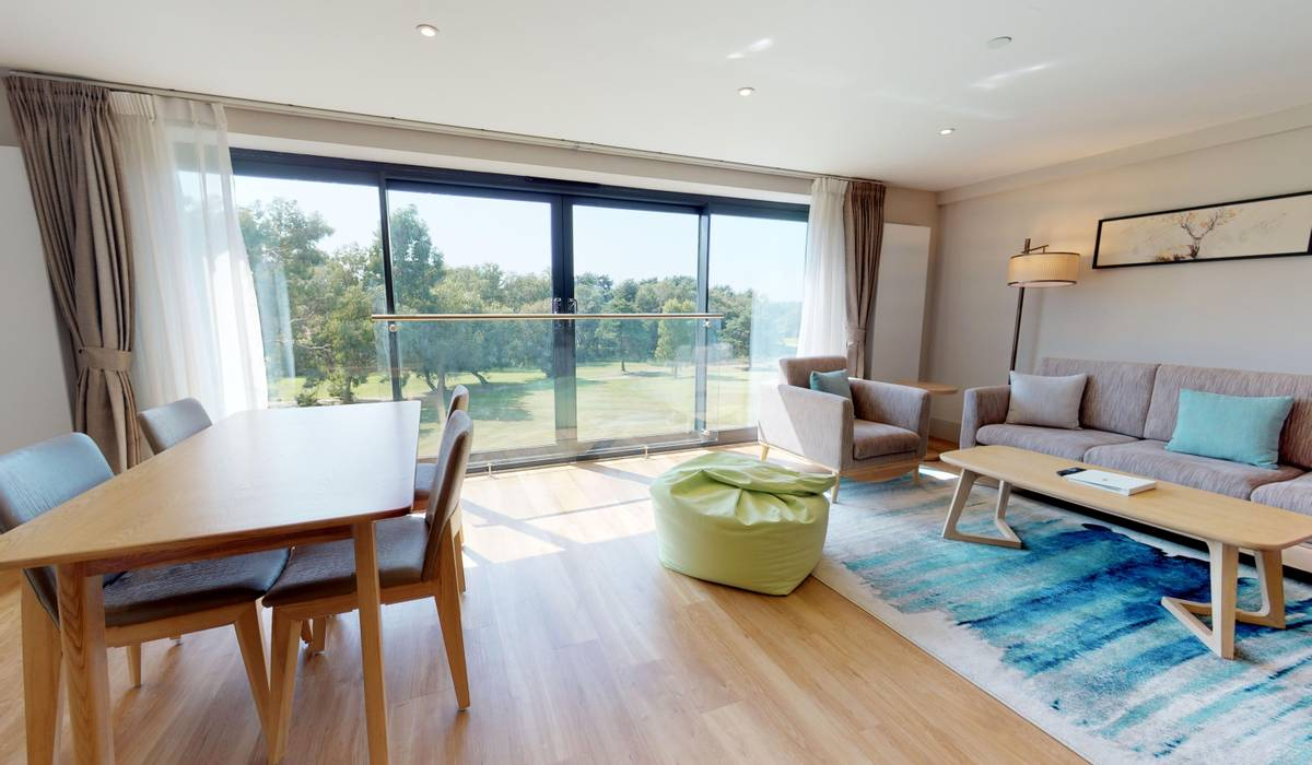 2 Bedroom Self-Catering Apartment