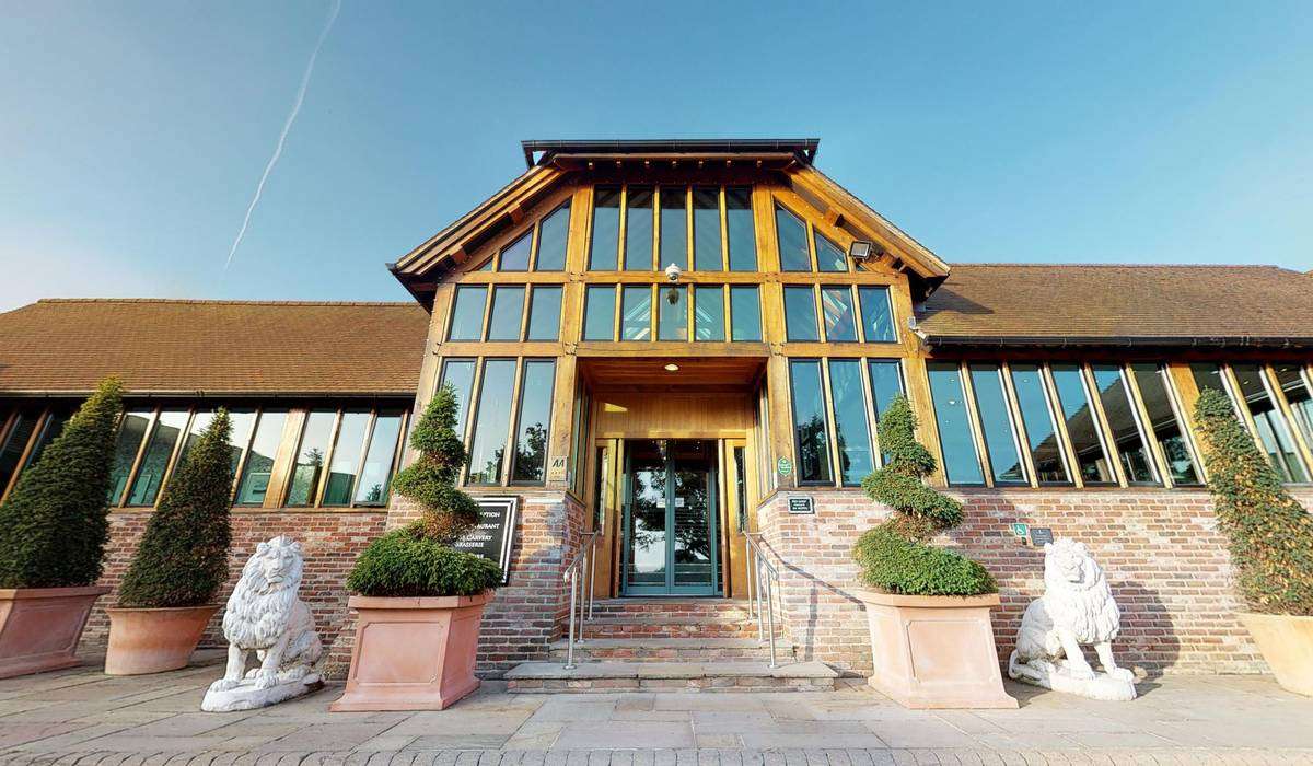 Old-Thorns-Hotel-Golf-Spa-07262019_110152.jpg