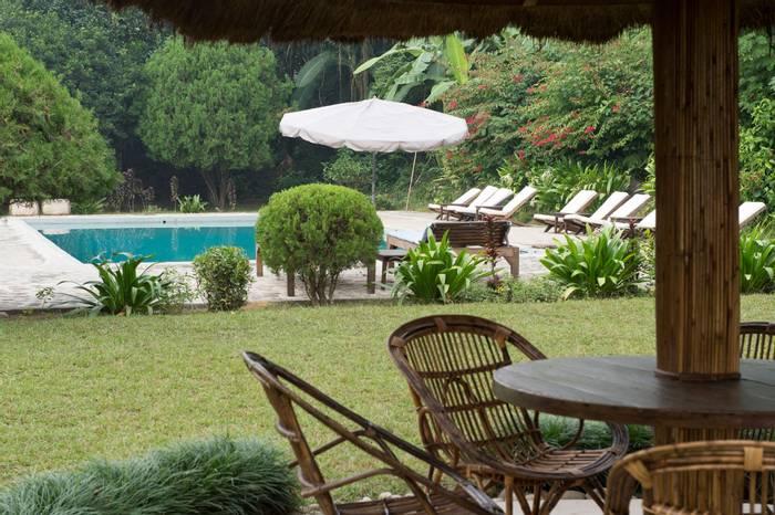 Tharu Lodge Swimming Pool.jpg