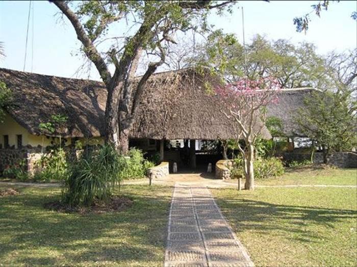 Mvuu Lodge (Thomas Mills)