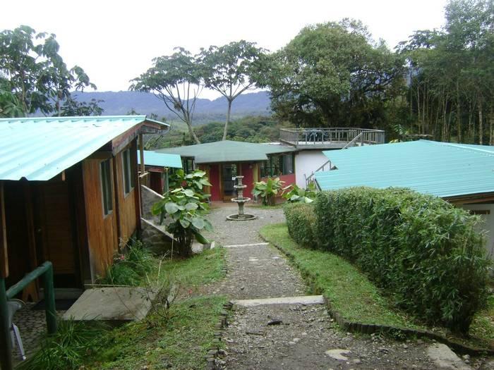 San Isidro, cabins