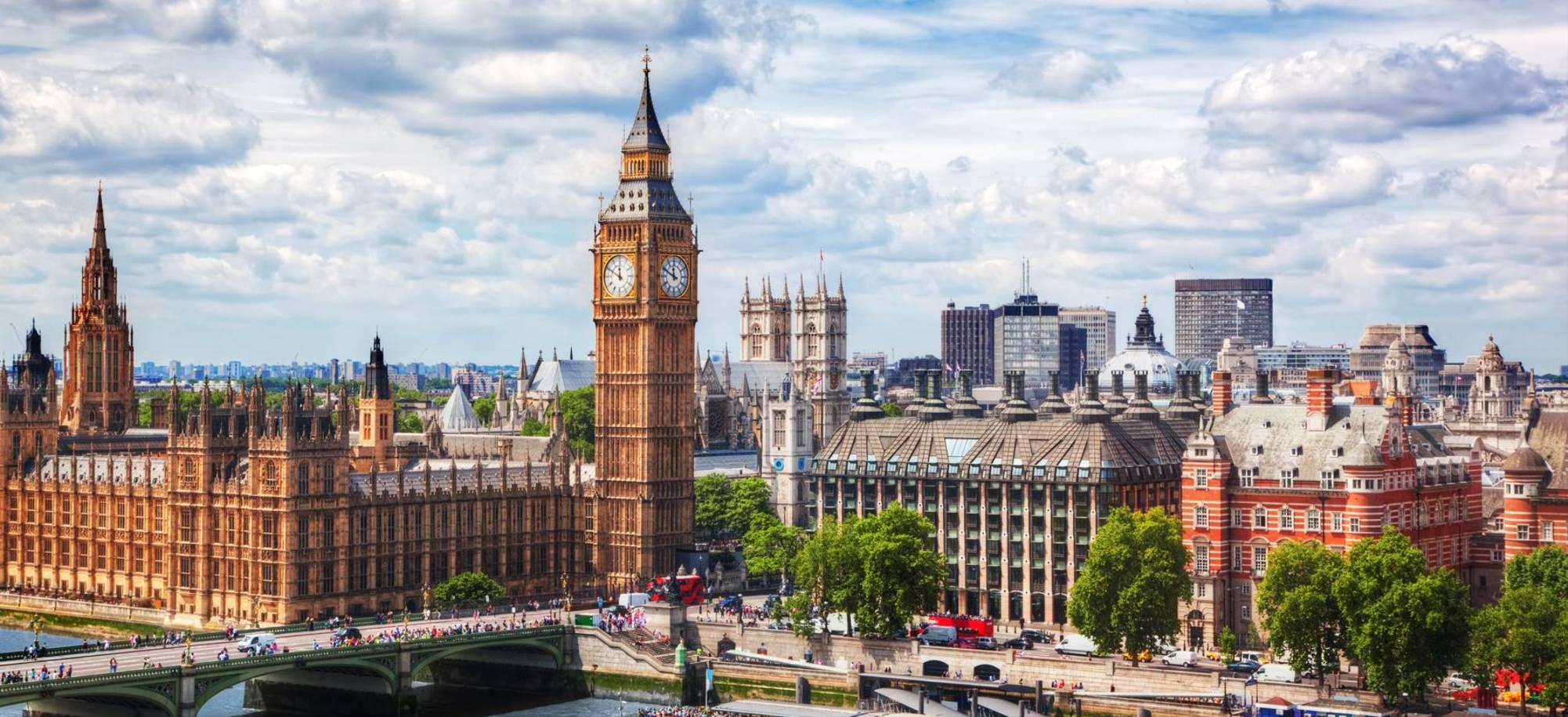 London - Big Ben, Houses of Parliament and Westminster Bridge - Itinerary Desktop .jpg