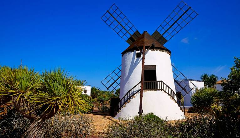 Shutterstock 378392170 Ancient Windmill
