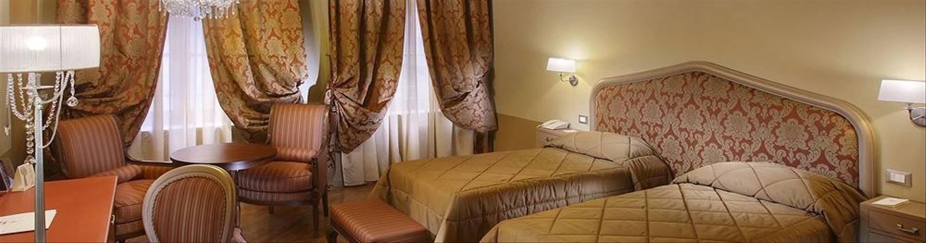 09-Hotel San Luca Palace.jpg